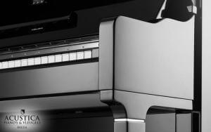 Pearl River Piano detail
